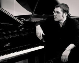 Roberto Tarenzi Trio